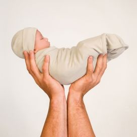 Merino Kids - Cocooi Newborn Swaddle Wrap + Beanie (Cream) 0-3mths